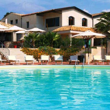 Villaggio-turistico-a-Ragusa-Donnalucat-resort1